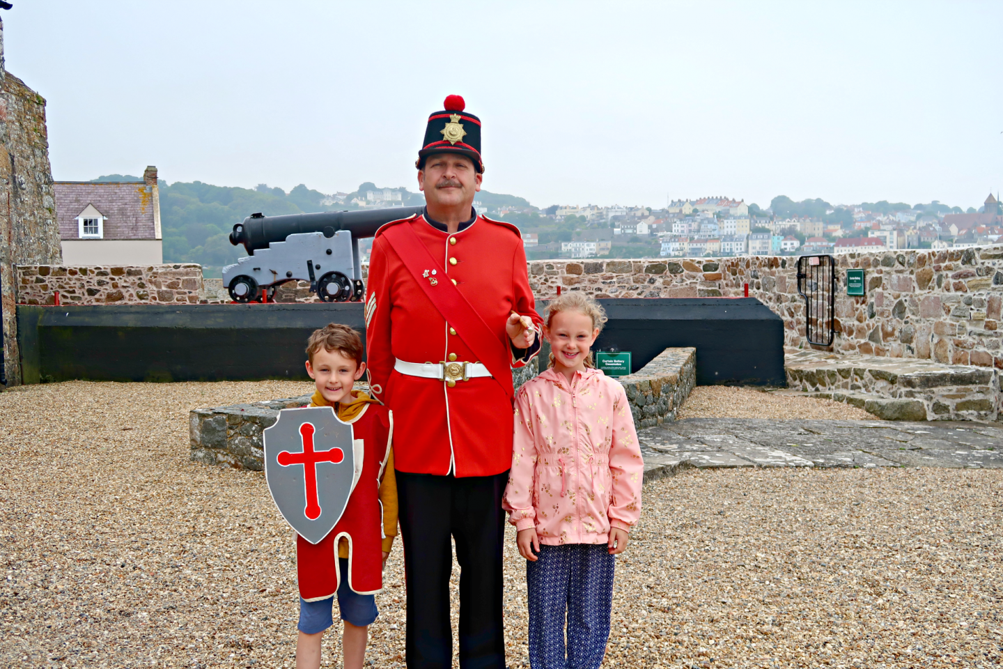 With soldier castle cornet