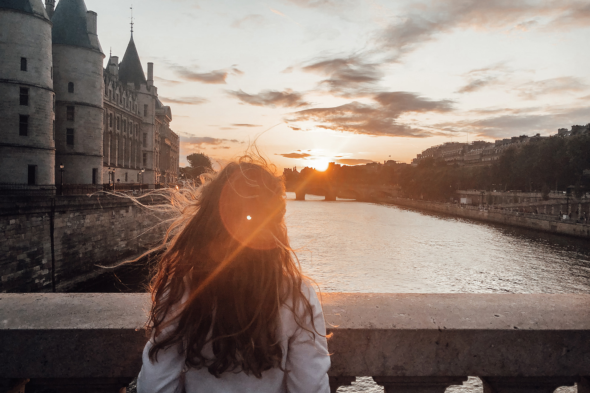 sunset seine paris